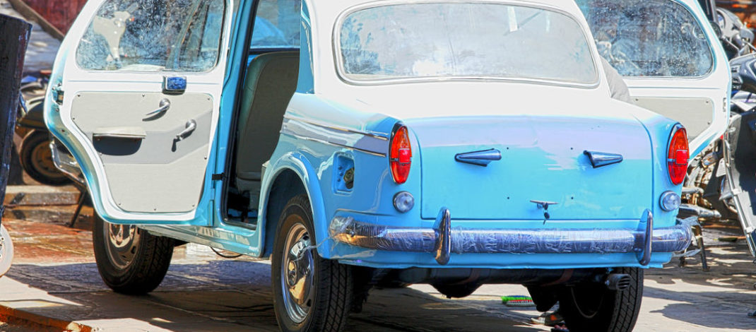 Importance of Trading Old Vehicles for Cash